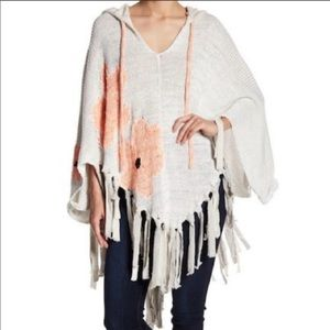 NWT FP Dreams of Daisies Hooded Poncho